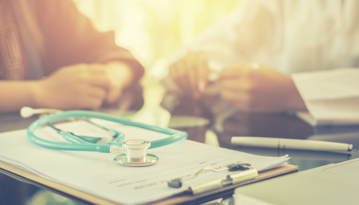 The Differences Between Medicare Supplements and Medicare Advantage
